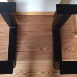 ローテーブル鉄脚上からみた写真